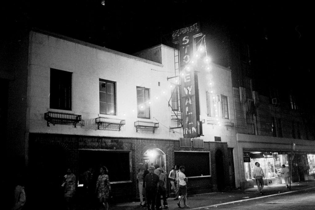 foto-bianco-nero-stonewall-inn